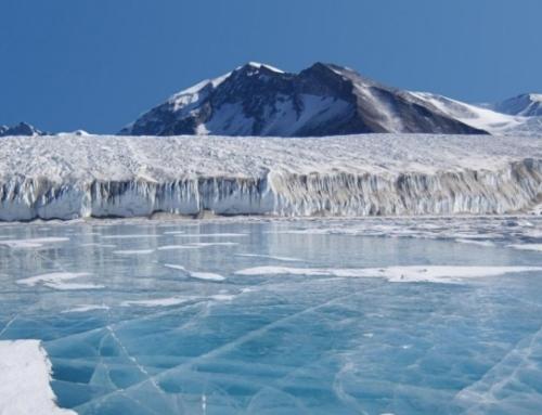 Il cambiamento climatico ricostruito dalle carote di ghiaccio estratte in Antartide e in Groenlandia